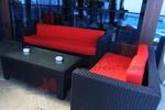 Качествена мебелировка от изкуствен ратан за дома и заведението