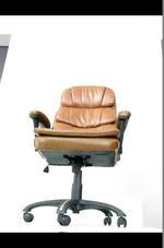 офис столове до 130 кг. за служебно място