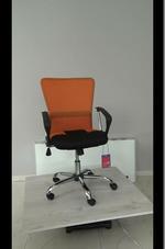 луксозни офис столове за строителни фирми